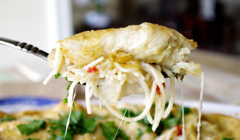 Pretzel Topped Cheesy Chicken Spaghetti