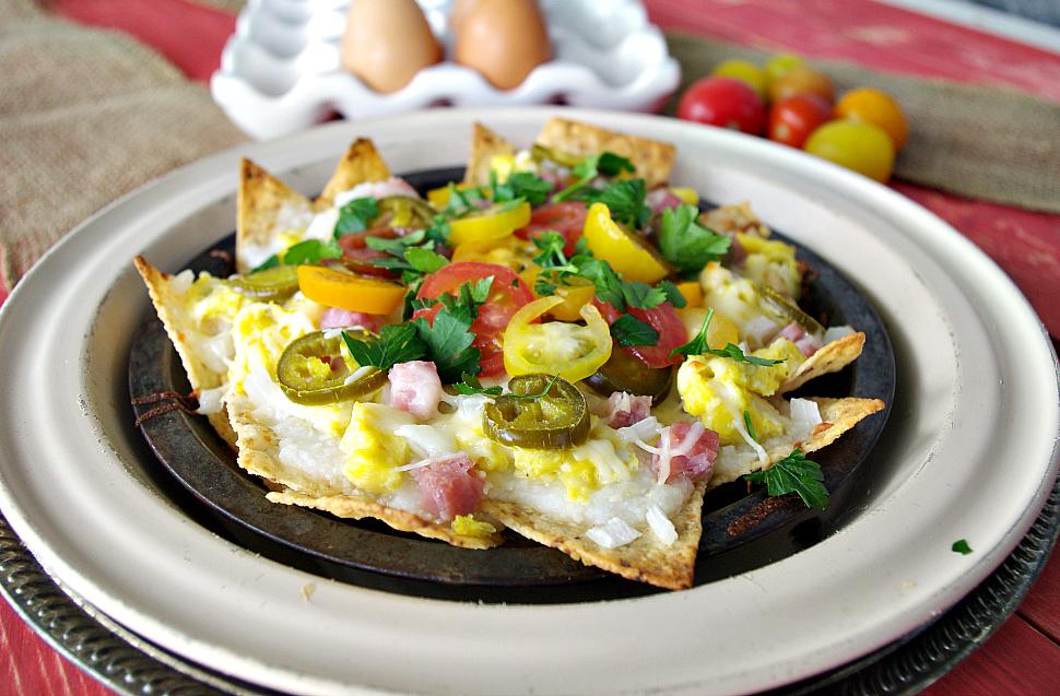 Breakfast Nachos   Dixie Chik Cooks