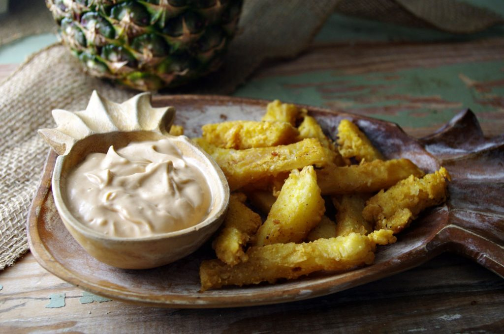 Fried Pineapple with Spicy Mayo