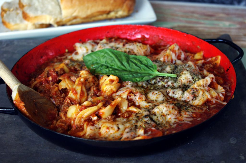 Cheese Tortellini with Meat Sauce