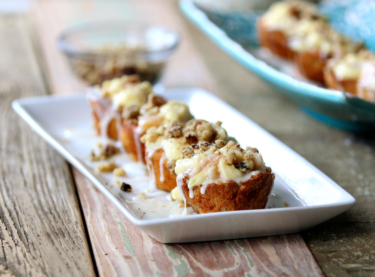 Apple CinnaCheesecake Cups